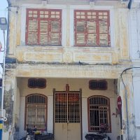 Cute little house in George Town