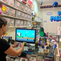 Playing Nintendo in the geeky Emporium mall!