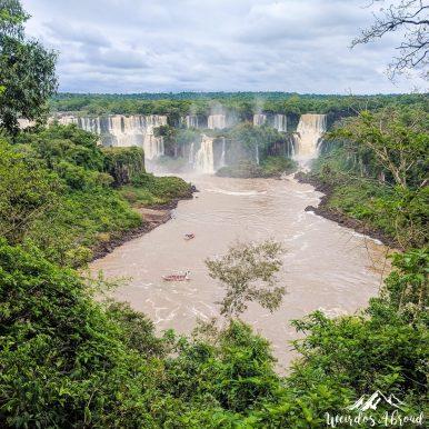 Iguaçu waterfalls on teh Brazilian side