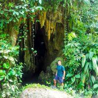 Caves to explore in Parque Lage