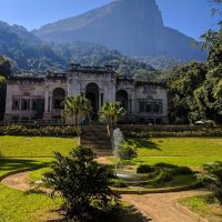 Parque Lage: the beginning of the trail to the Corcovado